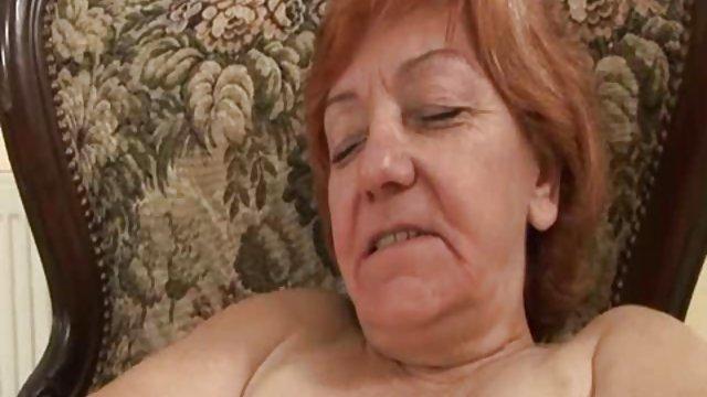 Bedava porno hiçbir kayıt Busty çorap MILF için döller var sikisizlebedava